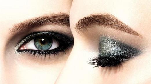 为什么美英消费者偏好 眉妆