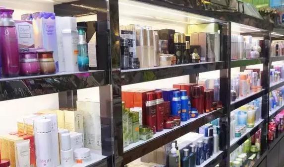进口品牌占50% 霏尔名妆靠什么实现销售