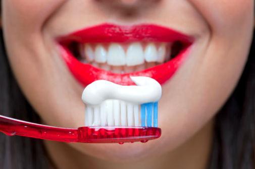"""你知道中国第一个牙膏品牌是谁吗?""""中华牙膏""""是它弟弟"""