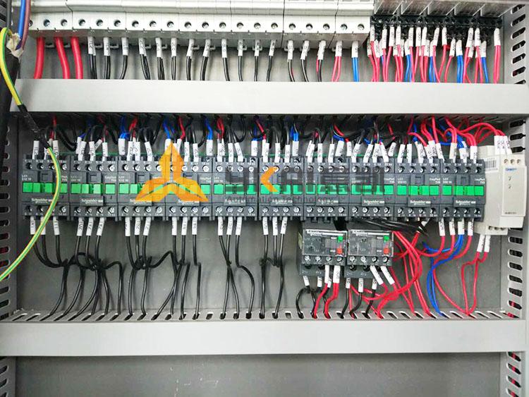 乳化机电控箱排线