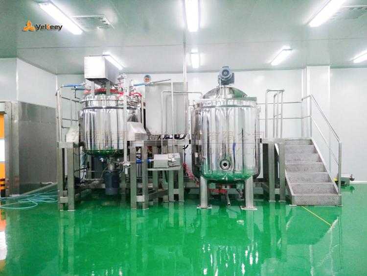 SPA-1300-下均质外循环乳化机-安装调试现场-(5)