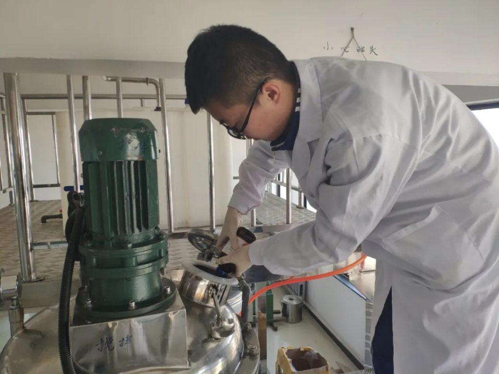 液体洗涤剂生产设备 (1)